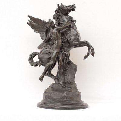 Άγαλμα αντρική φιγούρα με άλογο