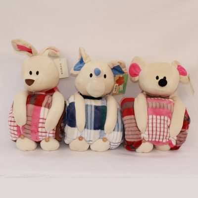 Κουβερτούλες αγκαλιάς με χαριτωμένα ζωάκια βελουτέ