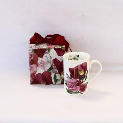 Κούπα από φίνα πορσελάνη με Λουλούδια μπορντό