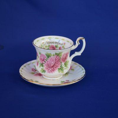 Φλιτζάνι καφέ Νοέμβριος Royal Albert Flower of the month