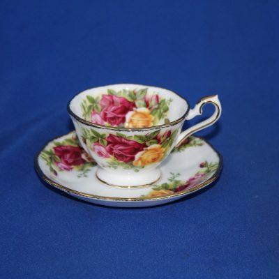 Φλυτζάνι καφέ Avon Royal Albert Old Contry Roses