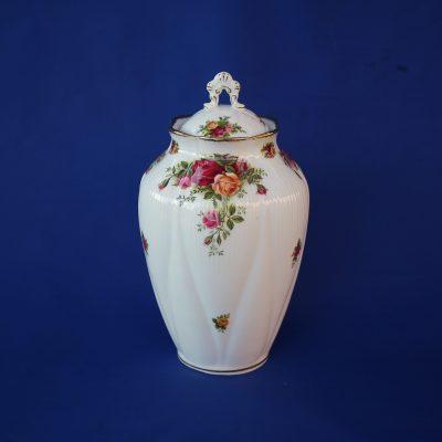 Βάζο μεγάλο σκεπαστό Old Country Roses Πορσελάνη Royal Albert