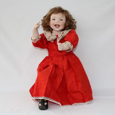 Κούκλα πορσελάνης Lacy από τη συλλογή Ερατώ