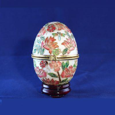 Αυγό Cloisonné με πασχαλίτσες και μηχανισμό μουσικής