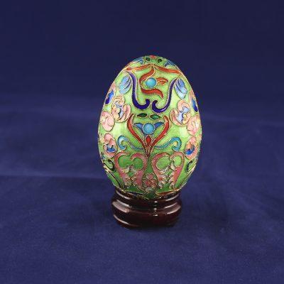 Διακοσμητικό Αυγό Cloisonné με Λαχούρι σε πράσινο φόντο